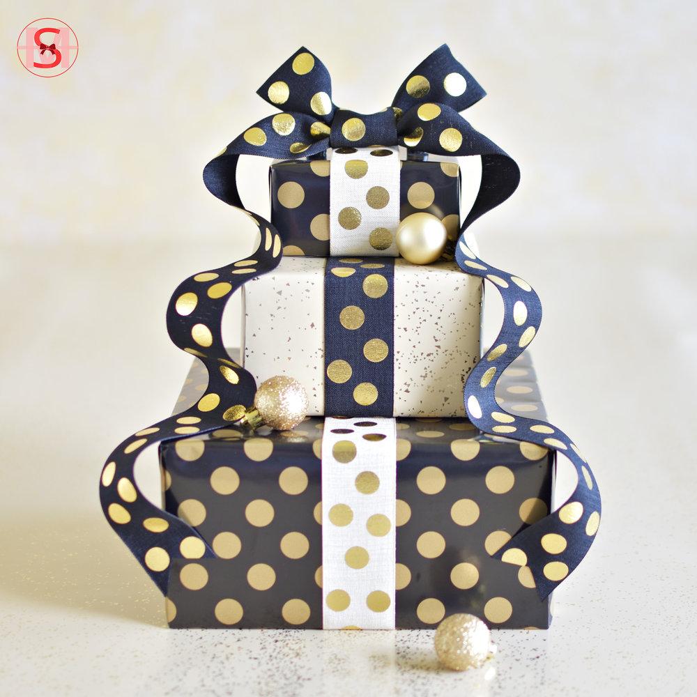 Polka-Dot Gift Wrapping.jpg