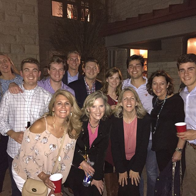 Betas loved having the moms up for Beta Moms' Weekend 2017! Thanks to all for a great time!