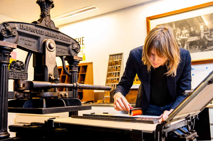 Working from the Piscator Press Studio, Fisher Library, University of Sydney / Photo:  Sarah Lorien