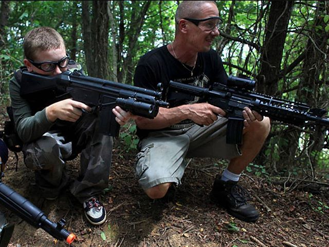 Happy Father's day from your #SpartanAirsoftCrew !! We will be open from 1-7pm. Also come in to recieve 15% off all online orders  Gameplay: $10 Rentals: $20  #happyfathersday #airsoft #livethegame #valdosta #speedsoft #milsim #polarstar #airsoftislife