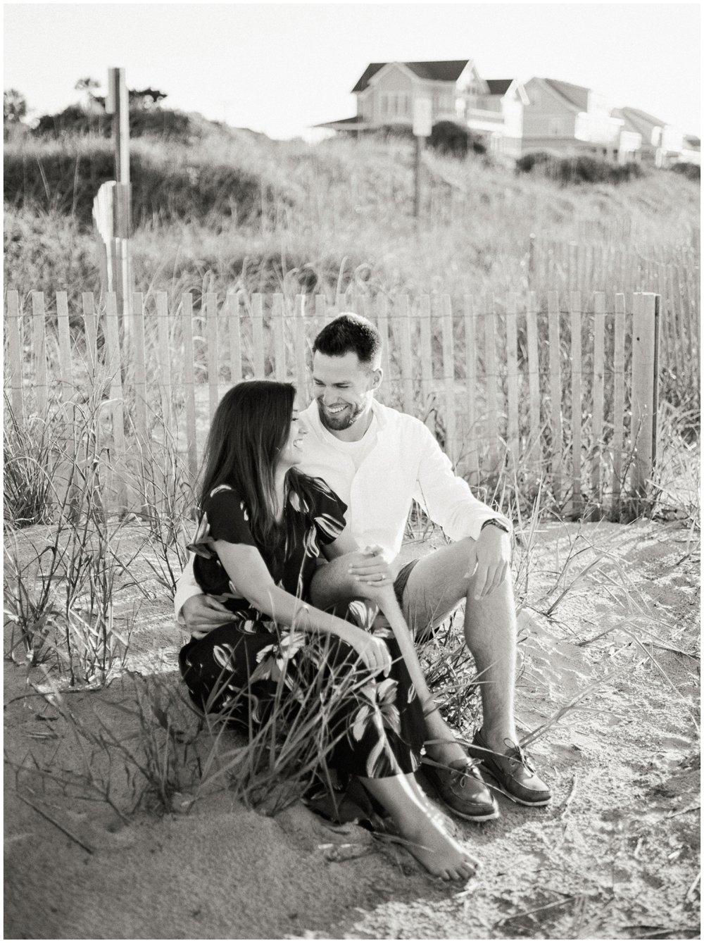 Charleston, South Carolina Engagement Photos. | Juliet Ashley Photography