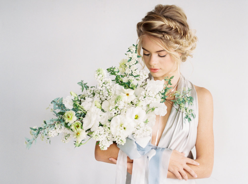 Sophisticated Maui bridal look. To view full post,  click here.