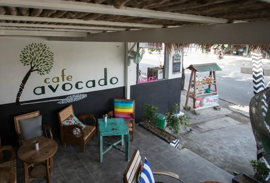 avocado-cafe.jpg