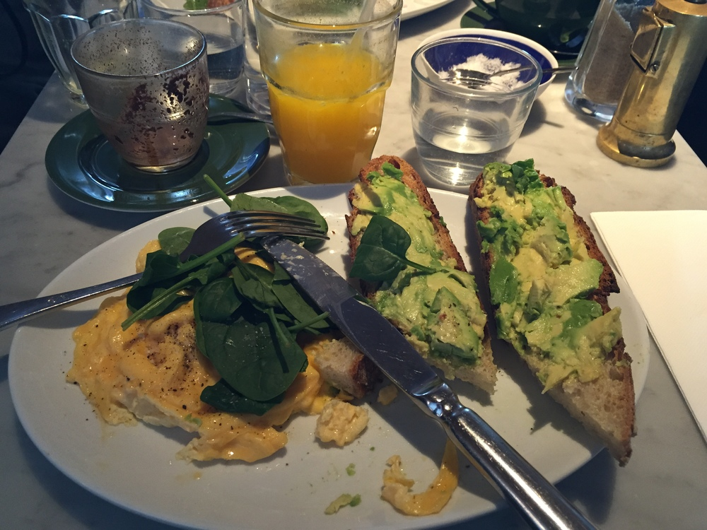 Breakfast at Bills at Bondi Beach (I of course went for eggs, avo and fresh orange juice and mocha!)