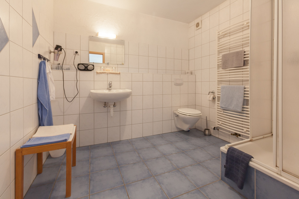 Double room with balcony and private bathroom #1