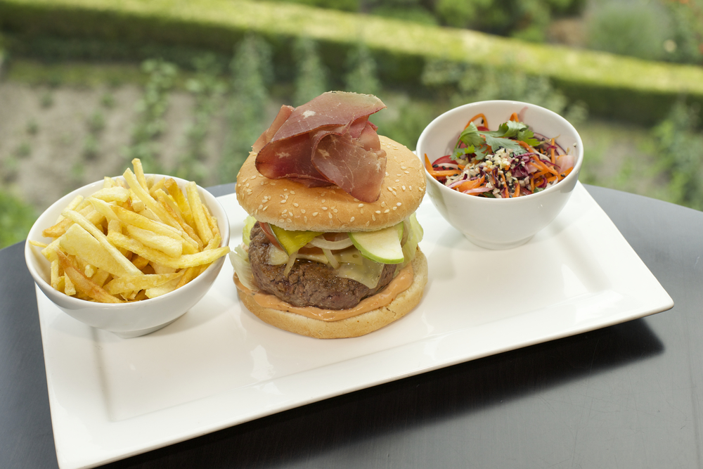 MOB Burger.jpg