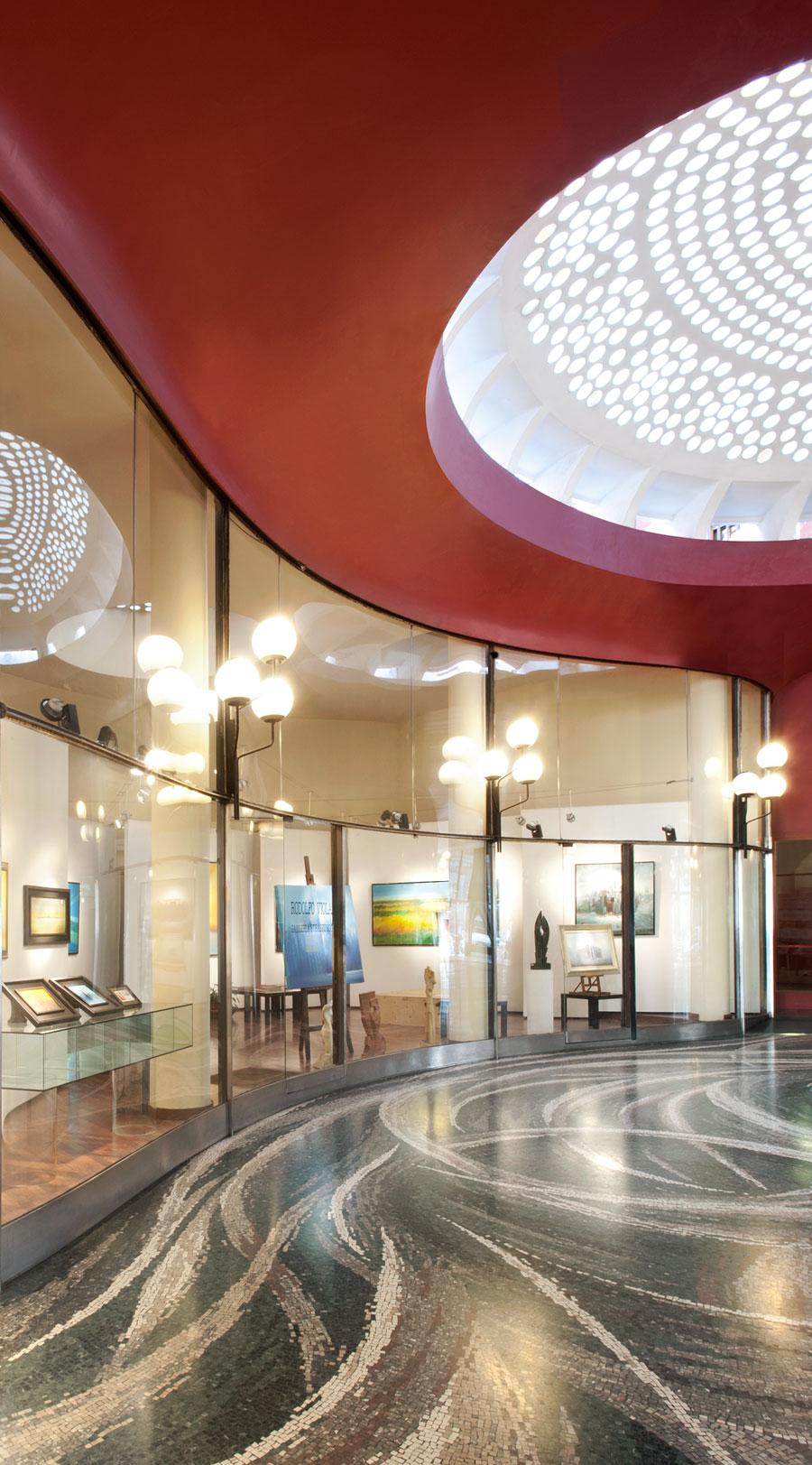 La Galleria Strasburgo da Via Durini
