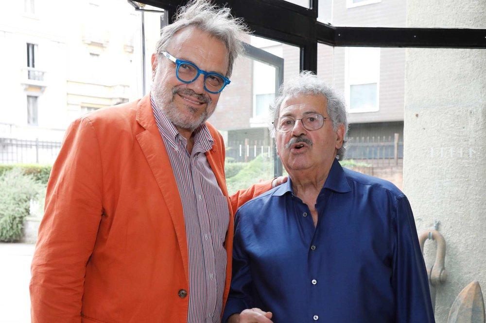 """Oliviero Toscani con Rodolfo Viola per il """"progetto migranti"""""""