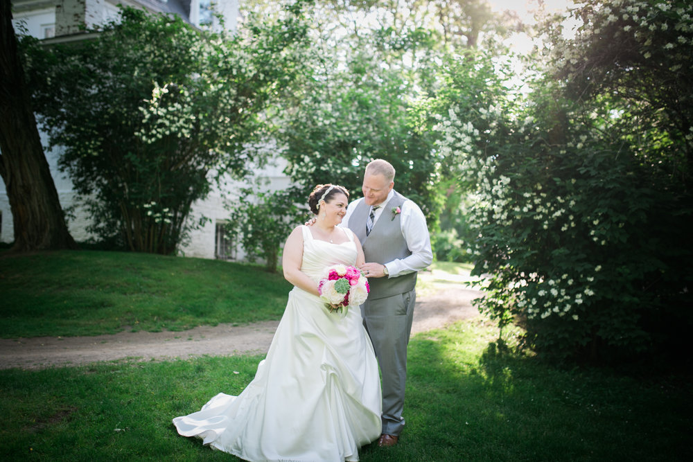 Hudson Valley Wedding Photographer Clermont State Historic Site Sweet Alice Photography 74.jpg