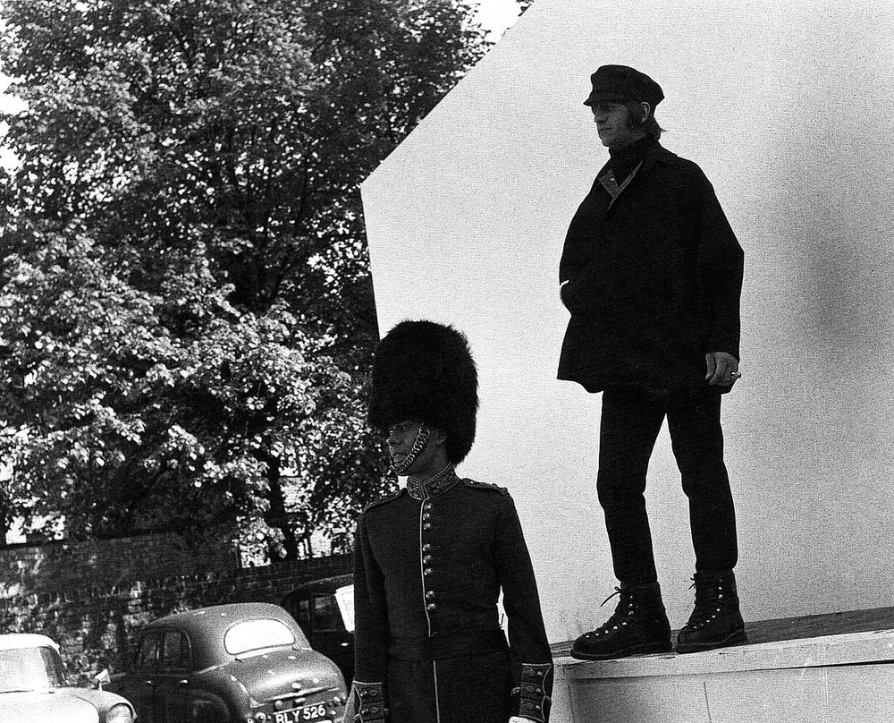 Ringo filming 'Help!' with Victor Spinetti, 1965.