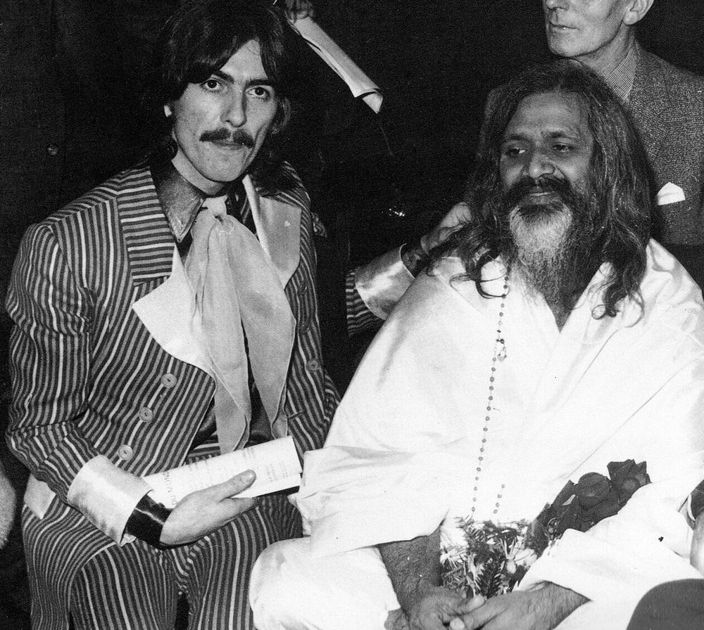 George Harrison with Maharishi Mahesh Yogi, 1967.