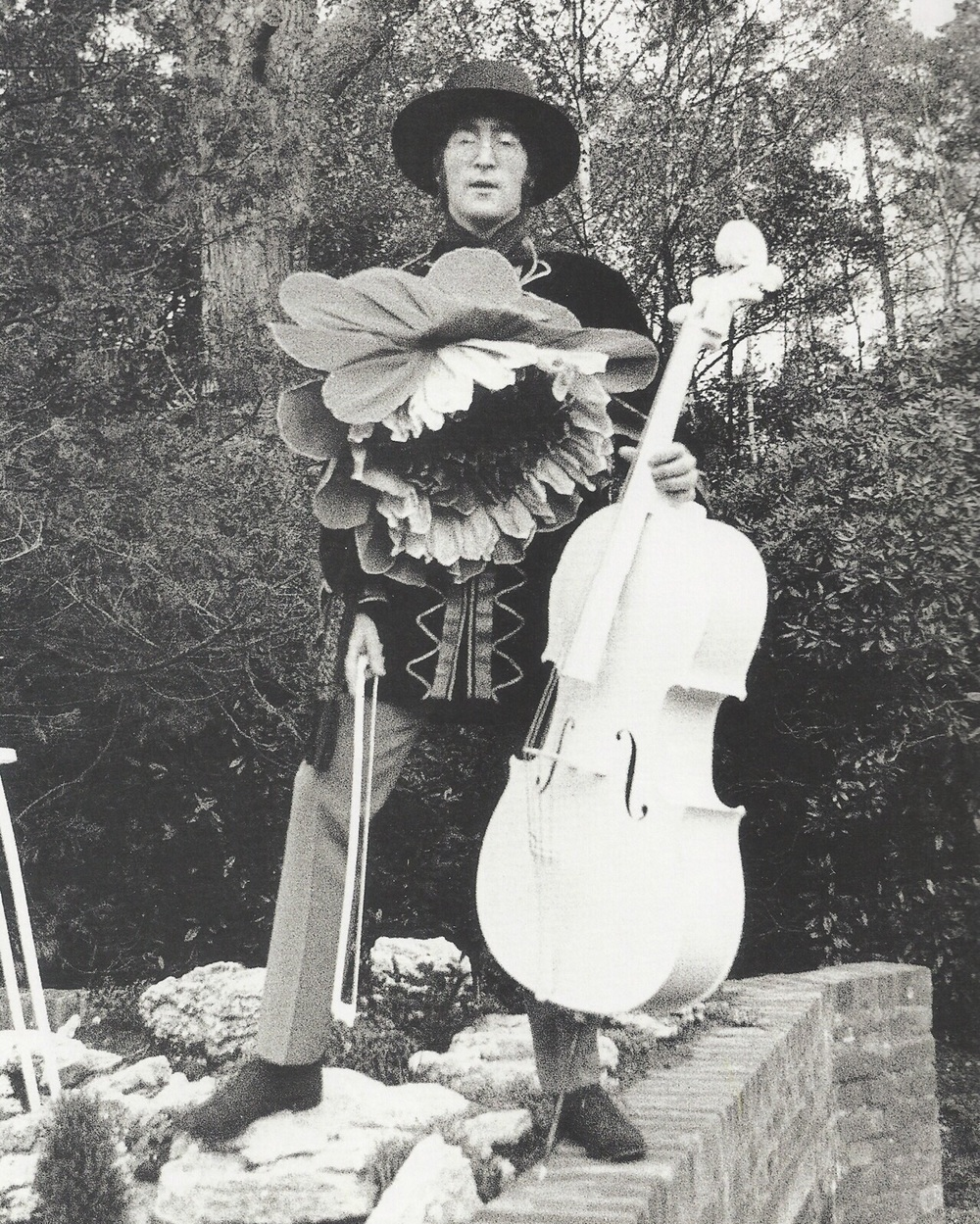 John Lennon at Ringo's home in Weybridge, 1967.