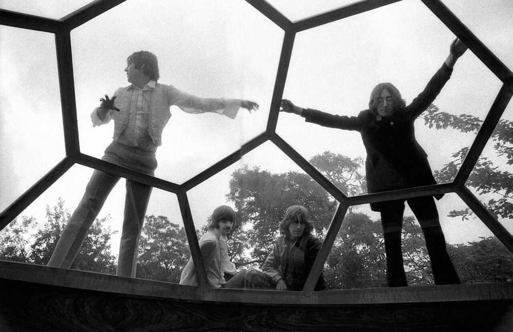 Th e Beatles' Mad Day Out photo shoot, July 28th, 1968.