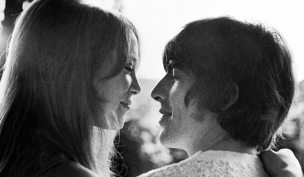 Pattie Boyd with George Harrison in Barboados, February 1966.