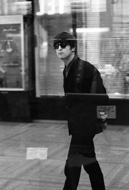 John Lennon 1964.