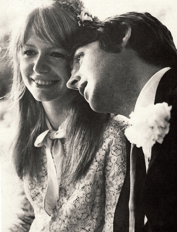 Pau   l McCartney and Jane Asher, circa 1965.