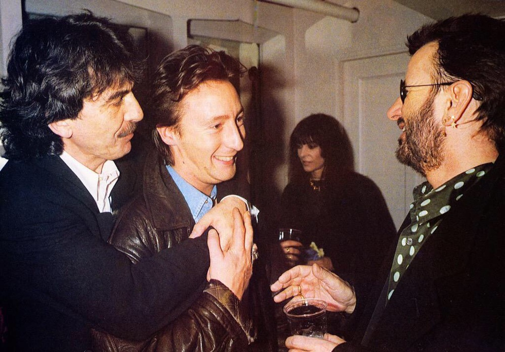 Julian Lennon with George Harrison and Ringo Starr at the Royal Albert Hall, 1992.