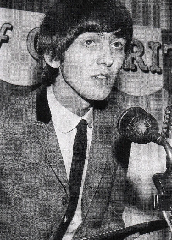 George Harrison, 1964.