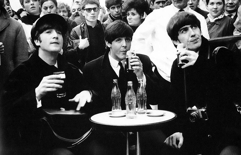 John Lennon, Paul McCartney and George Harrison in Paris, January 1964.