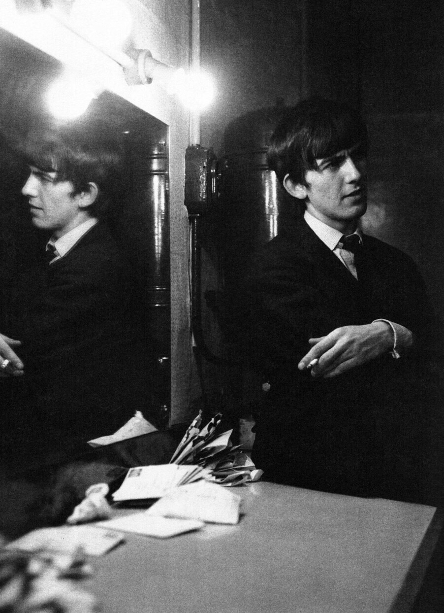 George Harrison in a dressing room. 1963.