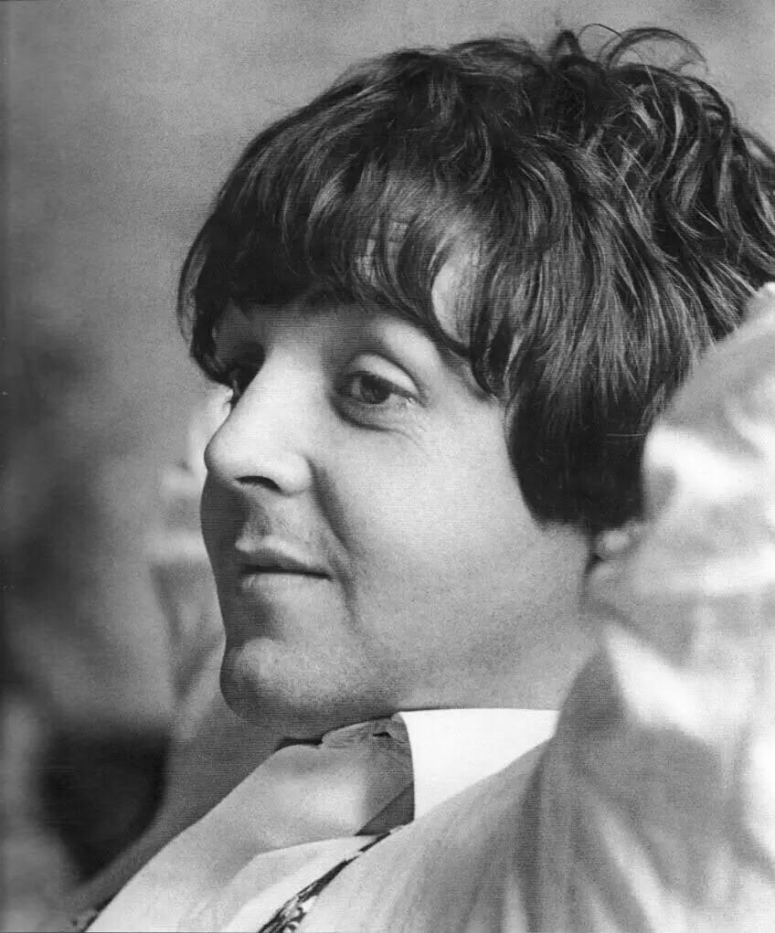 Paul McCartney 1965.