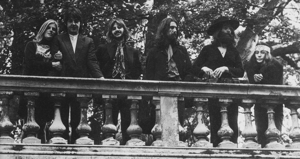 Linda & Paul McCartney, Ringo Starr, George Harrison, John Lennon & Yoko Ono at Tittenhurst Park, August 22nd, 1969.