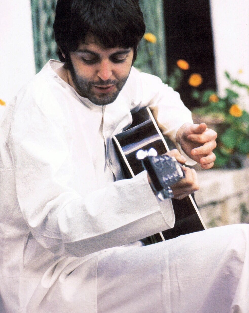 Paul McCartney in India 1968.