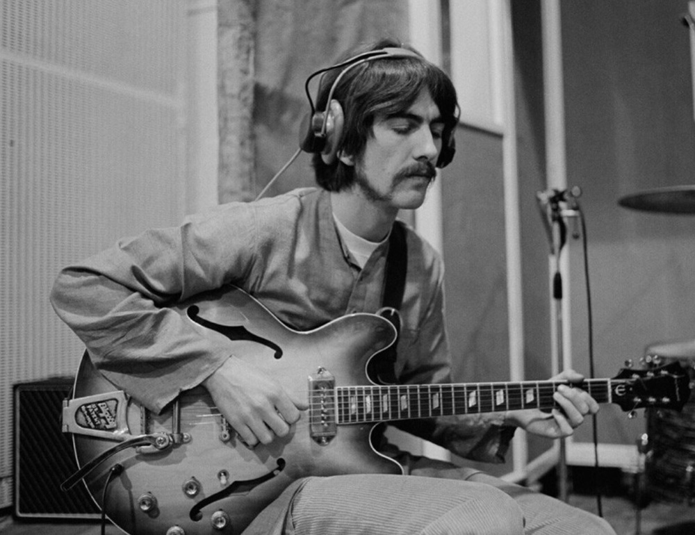 george harrison guitar lucy - photo #28