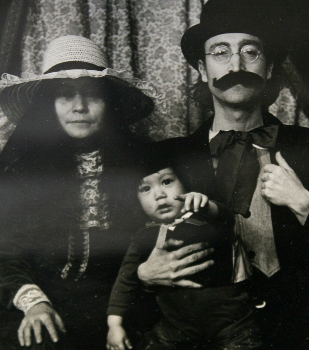 John Lennon with Yoko and Sean dressed in 19th century clothing in Massachussets, 1977.