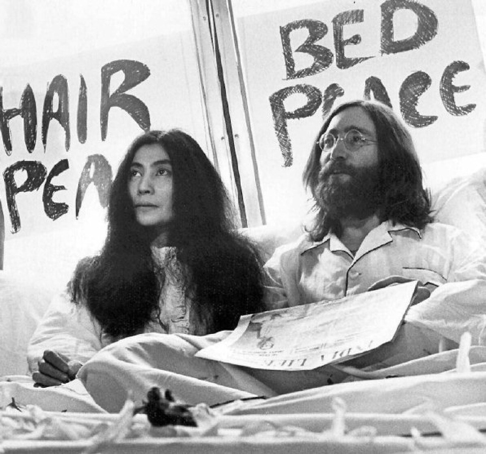 John Lennon And Yoko Ono Bed In Song facts: Give Peace...