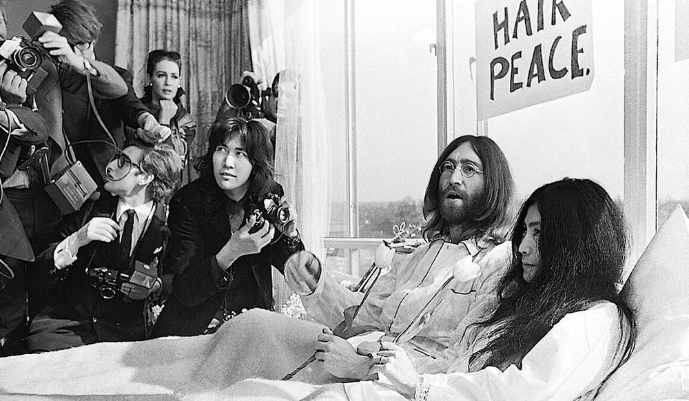 John Lennon and Yoko Ono bed-in, 1969.