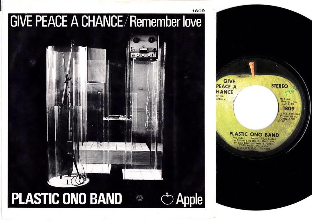 Give Peace a Chance single sleeve, 1969.
