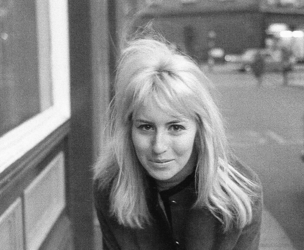 Cynthia Lennon 1964; photo by Astrid Kirchherr.