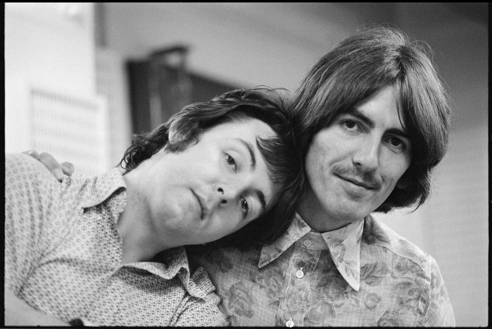 Paul McCartney and George Harrison during the recording of The White Album, 1968.