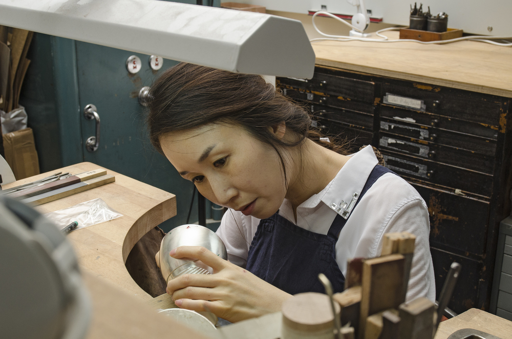 Kyosun jung in her workshop
