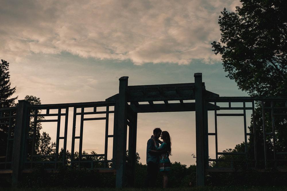 20180515_Megan-Adam_Engagement_0115_DSF4812.jpg