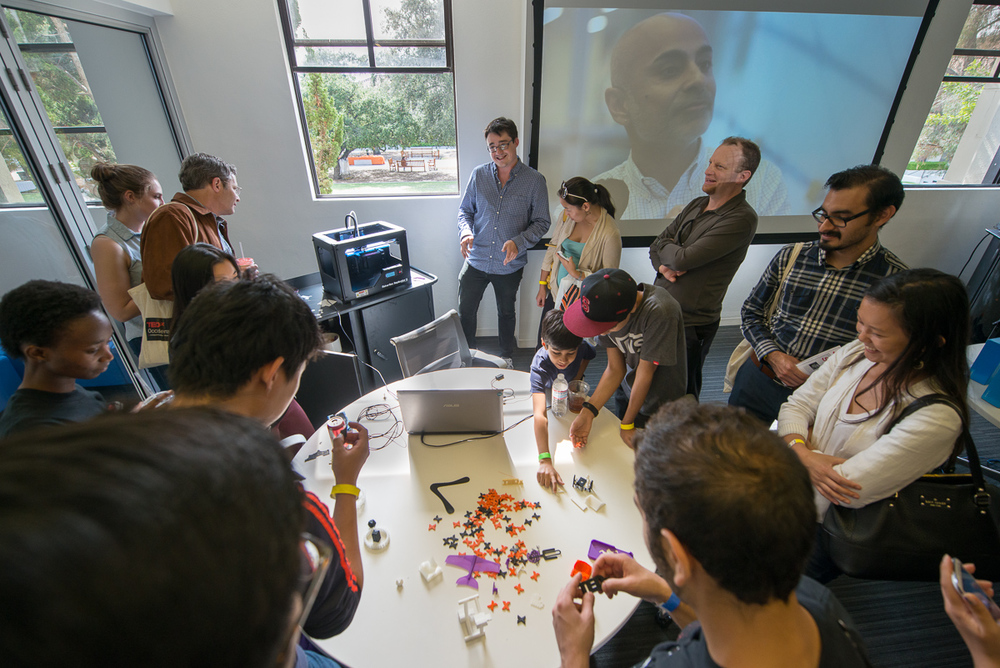 Members of community explore 3D printing