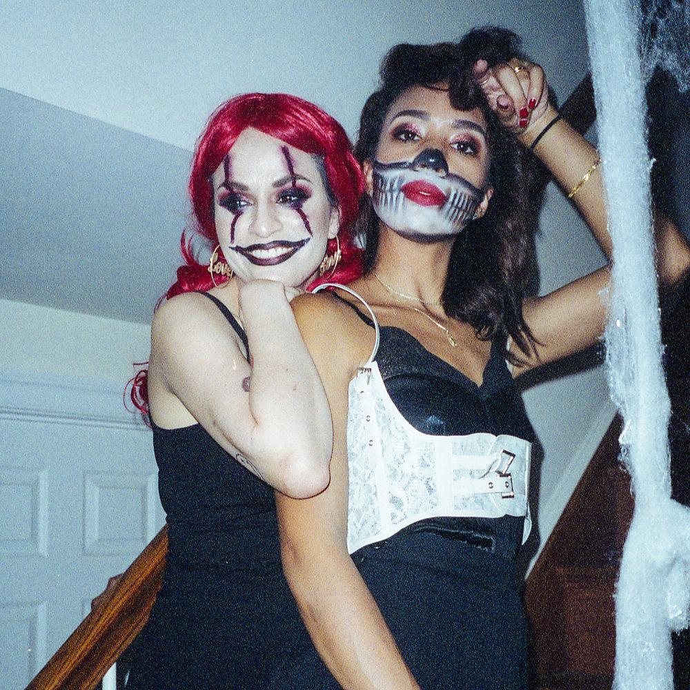 Sylvia & Anais