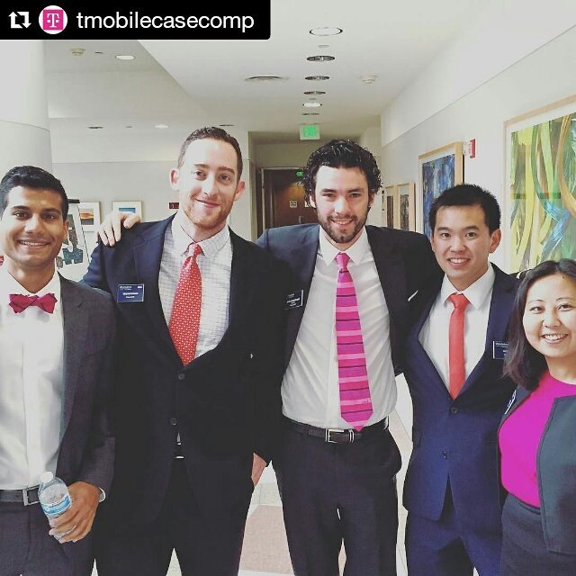 Lots of smiling faces!!! @tmobilecasecomp @uclamba @uclaanderson