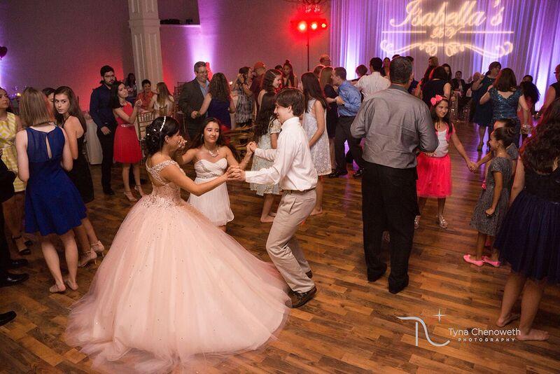 Dancing+5.jpg