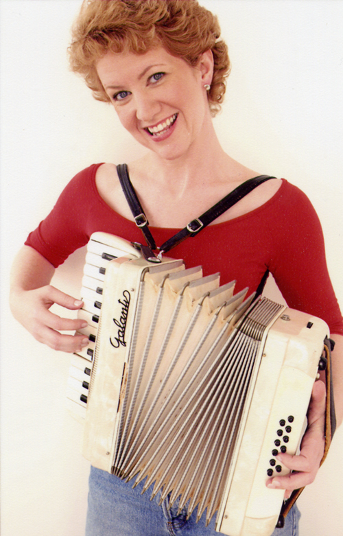 AAcolor_orange_accordion_smile.jpg
