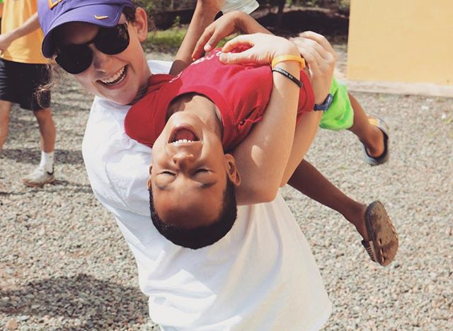 "Our #TDHTuesday post goes to Junior Conner Luscy for all her hard mission work in the town of Cotuí, Dominican Republic this past week. While there, she helped repair two local churches. Conner said, ""We repainted them and gave one of them a completely new roof. We spent time with the people of the community and hopefully made an impact on them because they made a lifelong memory on all of us. It was such an amazing experience to have right before the Christmas season really starts."" Conner also said she met, ""the absolute best kids."" Even though there was a language barrier, Conner said, ""the kids showed them unconditional love and they were the greatest testament of God's love!"" Way to geaux sister for #DoingGood ⚓️"