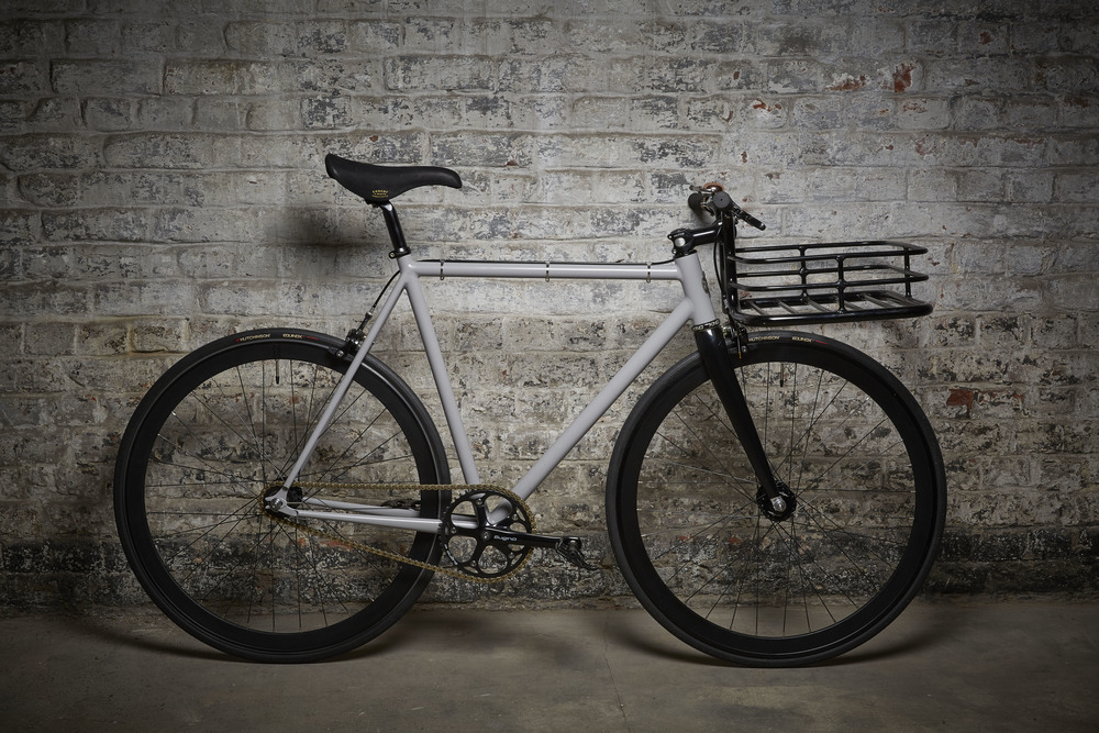 Urban porteur, fixed gear