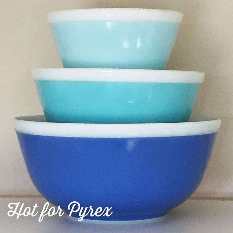 Day 89 of 100 - Ok, so these mixing bowls aren't rare, but their popularity makes them somewhat harder to find (at least for a reasonable price). I am sucker for the blue tones and the simple white rim. #100hfp #htfpyrex #hotforpyrex #pyrexlove #pyrexia #pyrex #pyrexpassion #pyrexporn