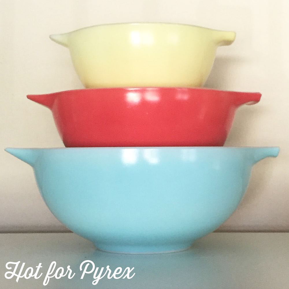 Day 71 of 100 - JAJ Carnival Cinderella mixing bowl set.  This photo doesn't do this set justice.  I love the robin's egg blue color of the largest bowl.                #pyrex100 #pyrexaddict #hotforpyrex #pyrexporn #rarepyrex #pyrexproblems #pyrexlove #love #pyrexpassion #htfpyrex #100hfp