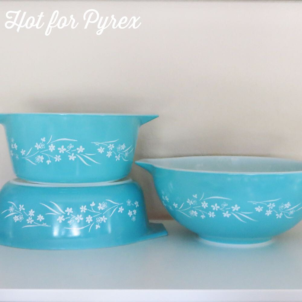 Day 63 of 100 - The gang's all here!  Cinderella starter set, dubbed Blossom Breeze by a collector, was offered with a silver magic cradle as part of a four-piece set.  Tiny white flowers on a turquoise background make for a lovely dish.  #pyrexporn #hotforpyrex #rarepyrex #pyrexproblems #pyrexlove #love #pyrexpassion #100hfp
