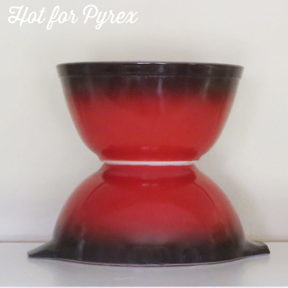 Day 61 of 100 - In honor of the red fade 024 found by another collector, I thought it was time to dust off my red fade bowls.  I really love the red to black fade.  #100hfp #pyrexaddict #pyrexporn #hotforpyrex #rarepyrex #rarepyrex #pyrexproblems #pyrexlove #love #pyrexpassion #stripes