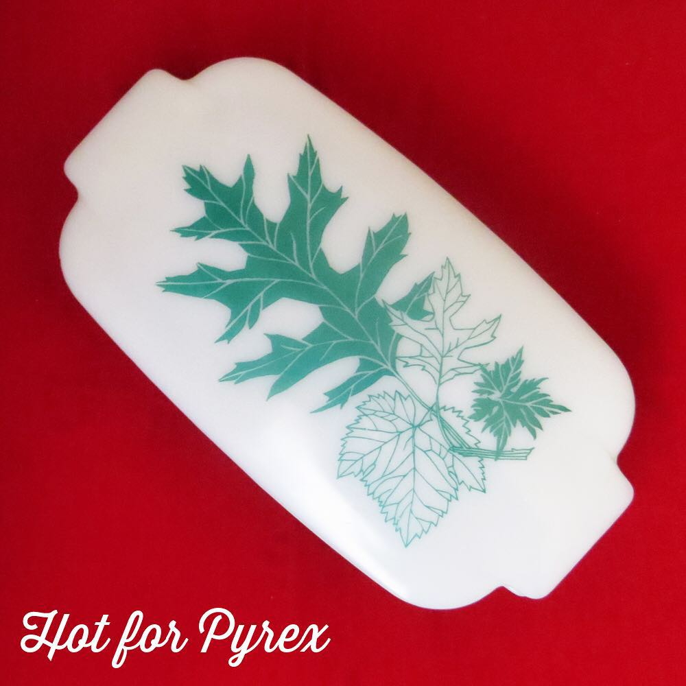 Day 58 of 100 - For the most part Pyrex was made in uniform shapes and sizes.  Even most rare dishes are unusual patterns and colors on standard shaped dishes.  The Oak Leaf dish is an exception - a beautiful exception.  #100hfp #pyrexaddict #pyrexporn #hotforpyrex #rarepyrex #pyrexproblems #pyrexlove #love #pyrexpassion