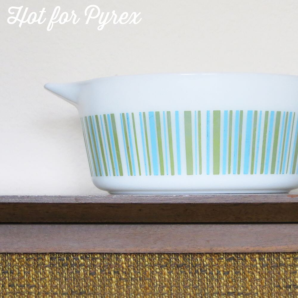 Day 59 of 60 - One of the most prolific of all rare Pyrex variations is the stripes or barcode pattern. I shared this pattern in other colors via earlier posts, but what makes this version stand out is that the stripes are more than one color. #100hfp #pyrexaddict #pyrexporn #hotforpyrex #rarepyrex #pyrexproblems #pyrexlove #love #pyrexpassion #stripes