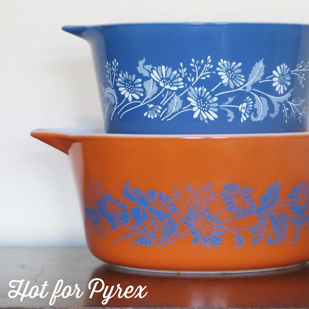 "Day 19 of 100 - Take a standard or promotional pattern and change its color and you have ""pyrex with a twist.""  The orange and blue color combo almost makes the pattern look 3D.  #100hfp #hotforpyrex #rarepyrex #htfpyrex #pyrexaddict #vintagepyrex #love #cmog #pyrexlove"
